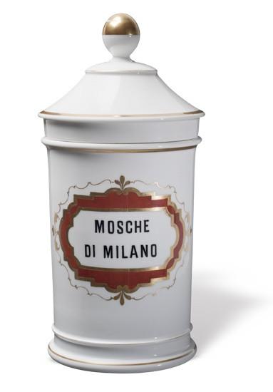 La collezione di porcellane Ginori del Museo Farmacia Mazzolini Giuseppucci a Fabriano, Ancona